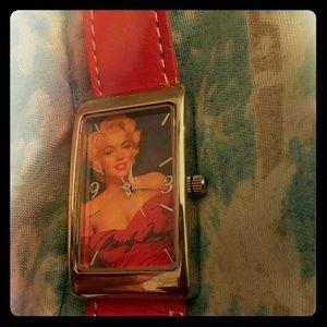 Accessories - Marilyn Monroe watch